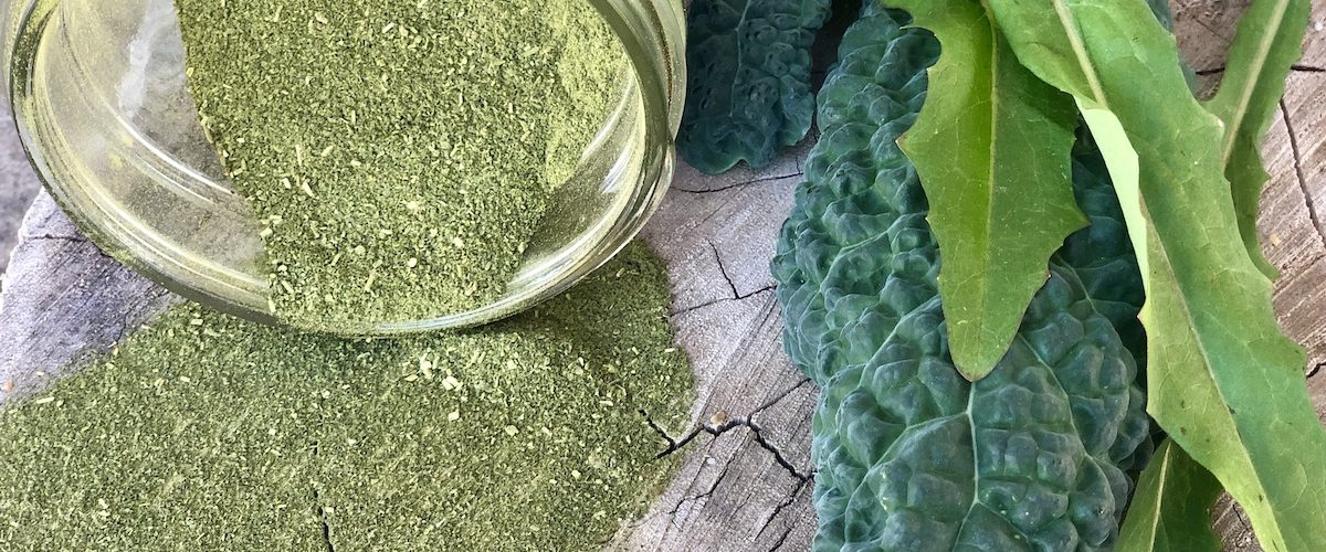 greens powder with kale