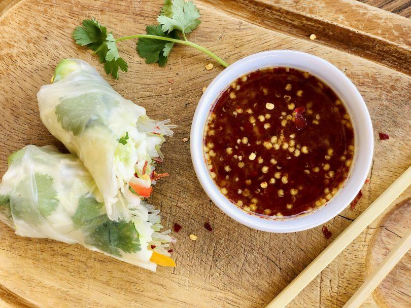 thai chili sauce with raw honey
